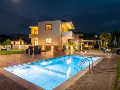 Photo for Amaen Luxury House with Private Pool