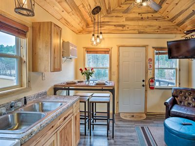 Photo for NEW! Cozy Oasis in Keystone 5 Mi to Mount Rushmore
