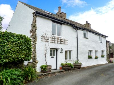 Photo for BECKFOLD, pet friendly, with open fire in Ulverston, Ref 30649