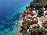 Positive: -great location (no beaches around so n...