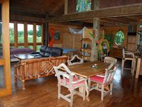 A quiet secluded sanctuary among the trees with beautiful views
