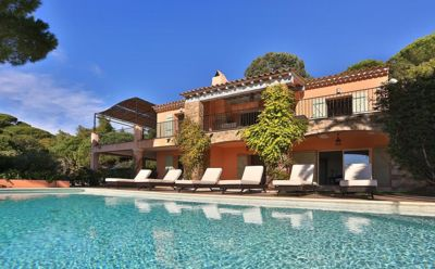 Photo for A beautiful 200m² villa with an infinity pool located near Saint Tropez