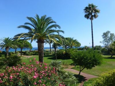 Photo for Beautiful apartment 100m from the beach and 14km from NICE