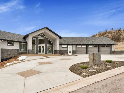 Photo for Stunning Luxury Home in the Black Hills