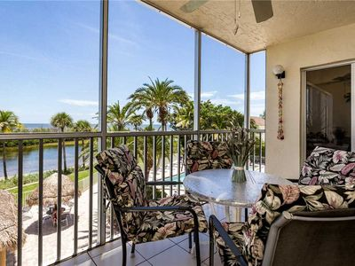 Photo for Sun Caper 208, Sleeps 6, Gulf Front, 2 Bedrooms, Elevator, Heated Pool