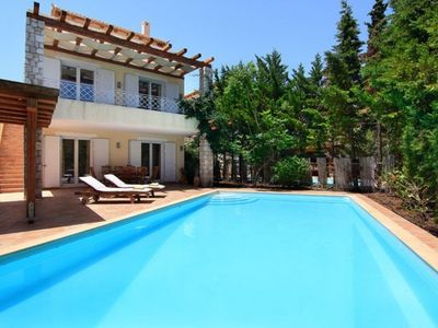 Photo for Luxurious villa with pool in Porto Heli