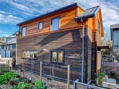 Photo for newly constructed eco-cottage, heart of SE Belmont/Hawthorne, walk everywhere