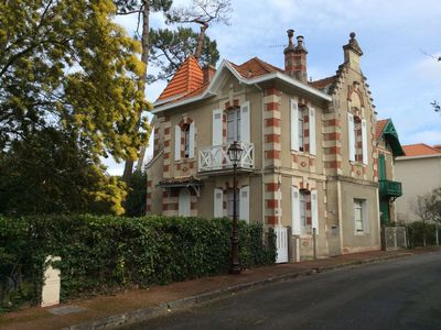 Photo for Bourgeois town house winter city center Arcachon 5 minutes walk from the beach