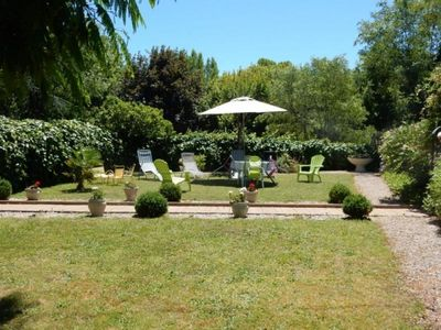 Photo for Gite Tauriac, 5 bedrooms, 9 persons
