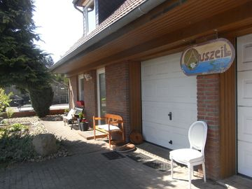 family-friendly holiday in the countryside, close to the lake, luxurious house, close to town