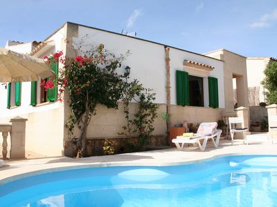 Photo for Casa Sergi, cute holiday home with pool and air-conditioning in quiet location