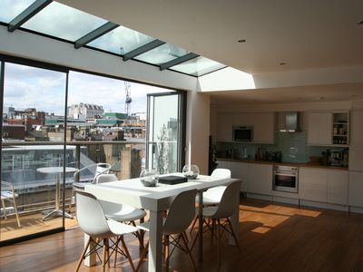 Photo for Stunning Penthouse in Bloomsbury