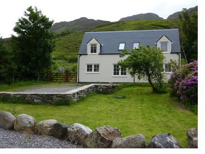 Photo for Peaceful Holiday Cottage, Dornie, North West Highlands, Scotland