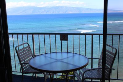 Your Private Lanai with a view of Molokai