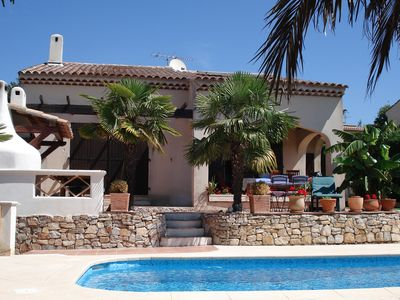 Photo for Frejus, Beautiful traditional south facing villa, swimming pool, 5 km from the beaches