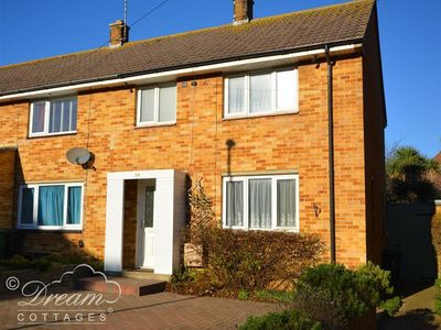 Photo for CHERRY BLOSSOM HOUSE, family friendly in Weymouth, Ref 994080
