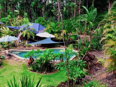 Photo for Forest Setting, Pool, Cabana, Large bath, Netflix/Foxtel/Wifi, King Size Bed