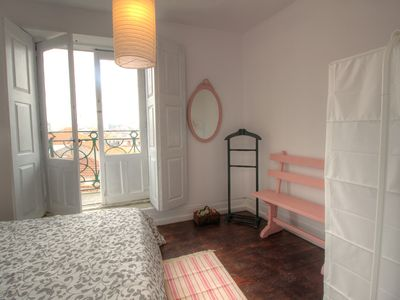 Photo for Cozy apartment in the heart of Porto