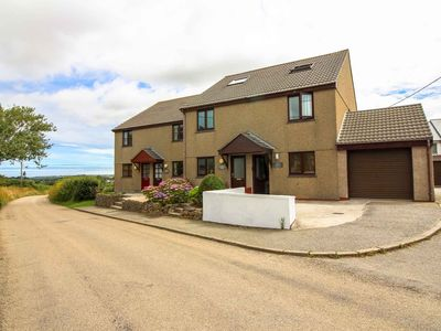Photo for Smithy Cottage - sleeps 6 guests  in 3 bedrooms