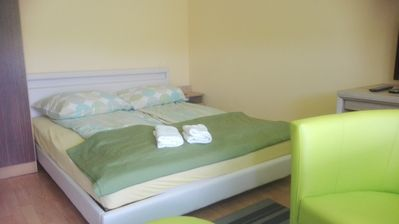Photo for GREEN APARTAMENT - 2 bedrooms, equipped kithen, bath, LAN and freeWiFi, cable TV