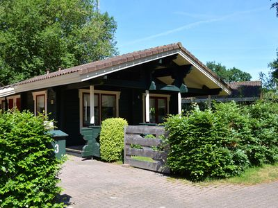 Photo for Detached Finnish bungalow with fenced garden, near Harderwijk, the Veluwe