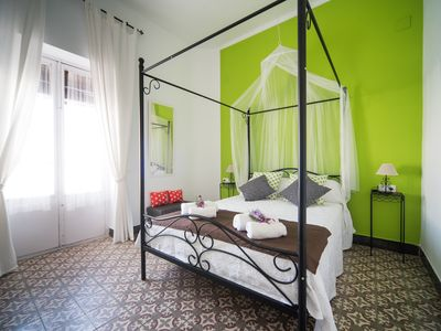Photo for Vintage apartment in the old town of Seville