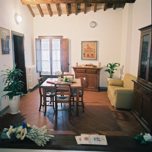 Photo for Residenza Antica Canonica, Apartment for six people in the historic center