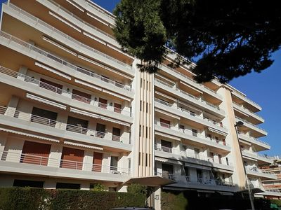 Photo for Apartment 881 m from the center of Cannes with Lift, Parking, Internet, Washing machine (145497)