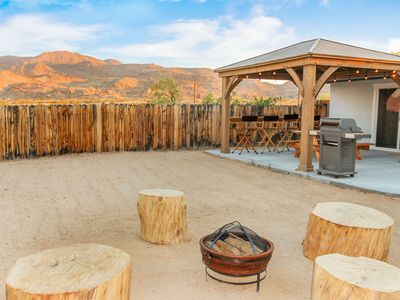 Photo for Harmony Acres---Hot Tub & King Beds