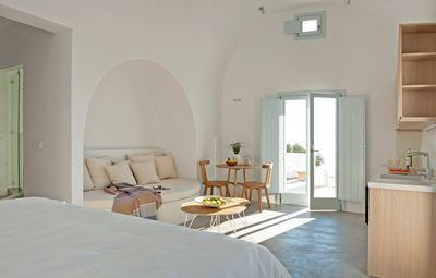 Photo for Garden Suite | Santorini Heights