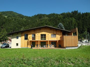 The house is new silver, for groups or families, 6-25 people. - Ferienhaus Silber komplett