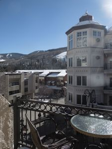 Photo for 1 MINUTE WALK TO SKI LIFT & GONDOLA! STUDIO FOR 4 IN THE HEART OF VAIL LIONSHEAD