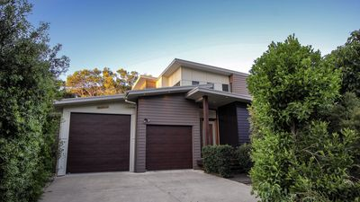 Photo for 17 Naiad Court - Modern, open plan family home with covered outdoor area and double lock-up garage