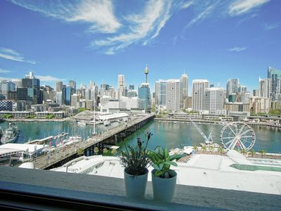 Photo for Jary's Darling Harbour City & Water view Apartment