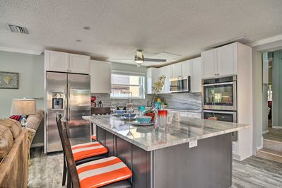 Craft a meal together in this Indian Rocks Beach home's updated full kitchen!