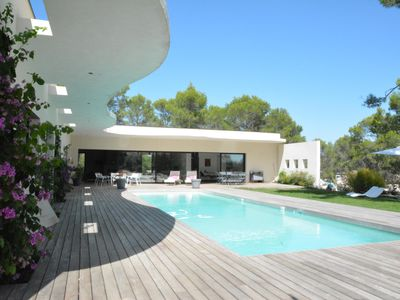 Photo for BEAUTIFUL IBIZA STYLE VILLA WITH POOL IN MONTPELLIER