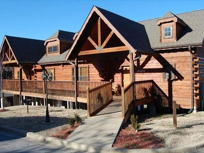Photo for Cozy Log Cabin - Fall in the Heart of Branson (2 Masters) ALL TAXES PAID!!!