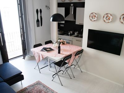 """Photo for """"Suite La Piazza"""" charming apartment with 3 balconies in Ortigia"""
