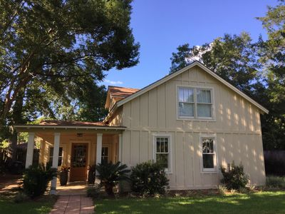 beautiful cottage on fairhope avenue walking distance to rh vrbo com cottages of fairhope fairhope al cottages of fairhope for sale