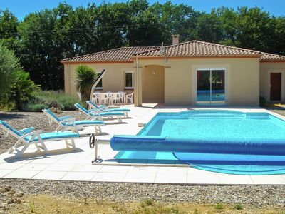 Photo for Detached villa in a beautiful area