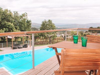 Photo for Cozy bungalow with pool in Valença by iZiBookings