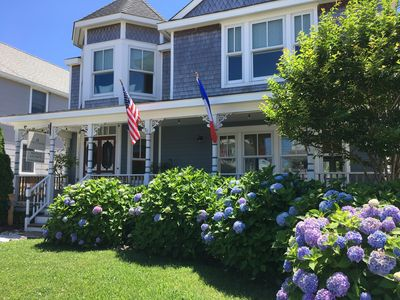Photo for Five-bedroom Victorian Sunday-Sunday Rental