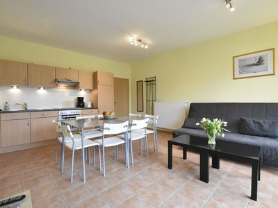 Photo for 4-room apartment with 2 bathrooms, terrace, garden, 500m from the beach