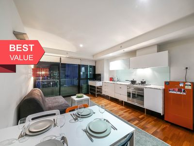 Photo for 1BR Apartment Vacation Rental in Melbourne, VIC