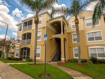 Photo for Ground Floor Unit - Screened in Balcony - Free Wifi - Windsor Palms Resort Amenities