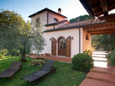 Photo for Villa holiday home between sea and hills in Podere Santa Rita