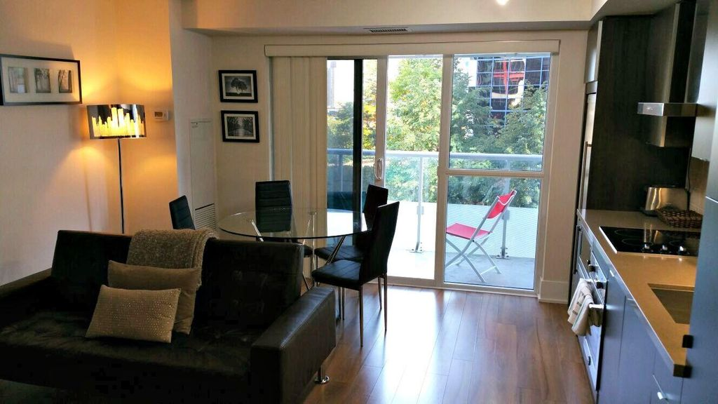 Balcony Apartment w/ Free WiFi, Complex Hot Tub, Billiard Room & Theater Room