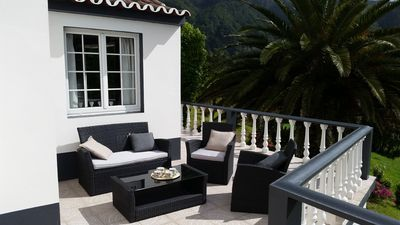 Photo for Villa Magia Verde-Relax in the nature of Furnas RRAL 1022
