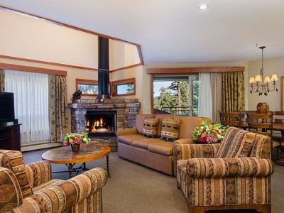 Photo for Luxurious 2 bed 2 bath Vacation Rental