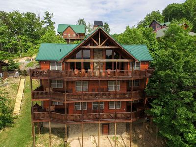 Photo for SUNSET POINTE - 5 Bedrooms, 6.5 Baths, Sleeps 12